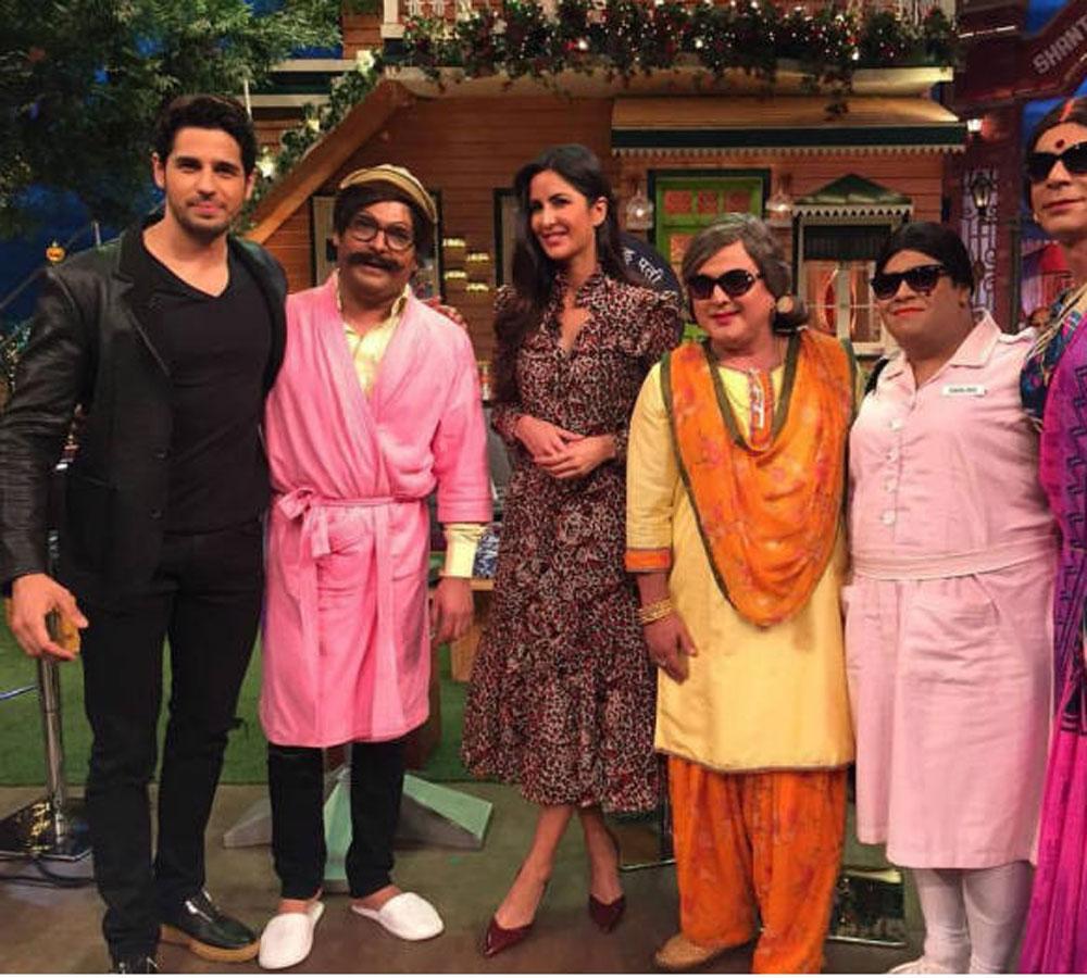 Shirtless Bollywood Men: Siddharth Malhotra
