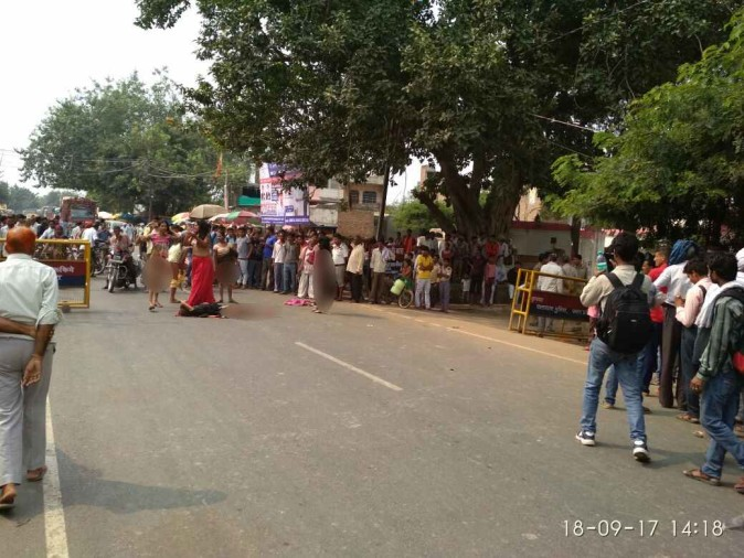 Nude Protest Of Kinnar In Agra -        -3765