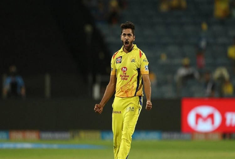 Shardul Thakur playing for Chennai Super Kings