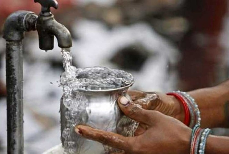 know about environmental working group (ewg) report on water pollution