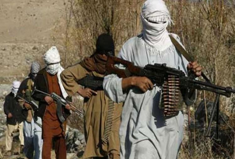 Photo of अफगान विशेष बलों के अड्डे पर फिदाई हमला, तीन नागरिकों की मौत, 15 लोग घायल