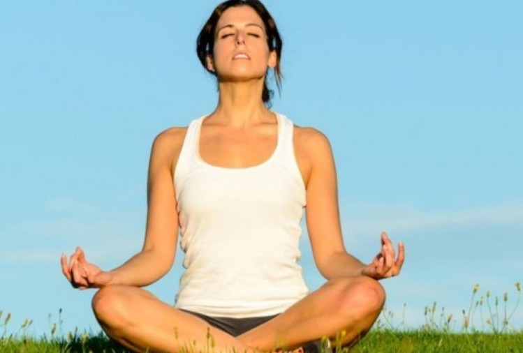 three yoga asanas for forty years above women