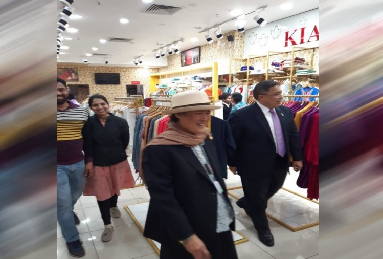 Princess Of Thailand maha chakri sirindhorn Gone To mall and doing Shopping in uttarakhand