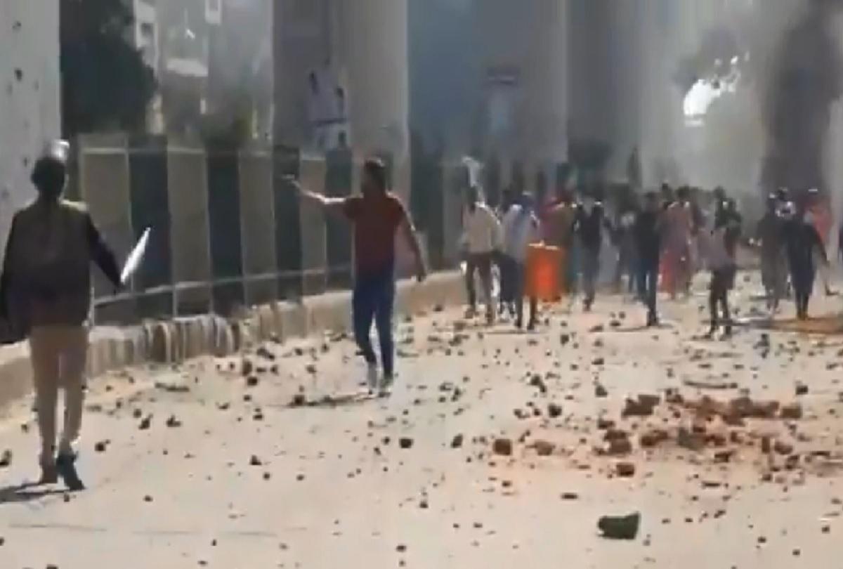 Violence in delhi