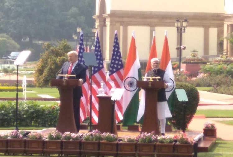 Donald Trump India Visit Live Updates News In Hindi pm modi, rajghat, rashtrapati bhavan