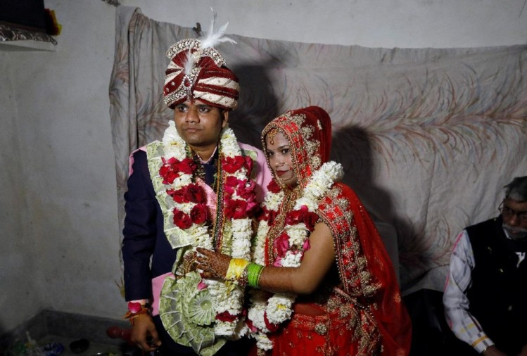 Delhi Violence face of humanity when muslim brothers arranged marriage ceremony of hindu sister