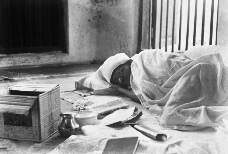 Mahatma Gandhi Was Infected From Spanish Flu In 1918 - वो ...