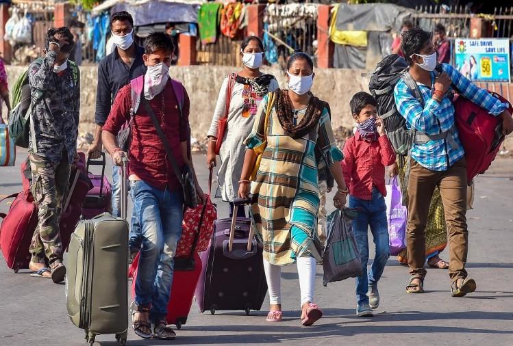 कोरोना वायरस के संक्रमण से बचाव को लेकर जिला प्रशासन द्वारा सभी बिंदुओं पर ध्यान दिया जा रहा है। ग्राम पंचायतों में तैनात कर्मियों से विदेश से आने वाले लोगों की सूचना भी एकत्र कराई जा रही है।