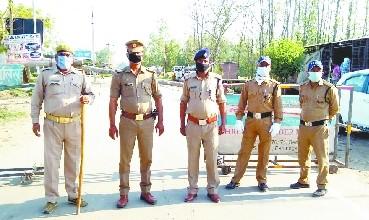 भाजपा नगर उपाध्यक्ष ,उनके भतीजे व भाजपा सभासद पर थाने के अंदर सिपाही को पीटने का मुकदमा दर्ज