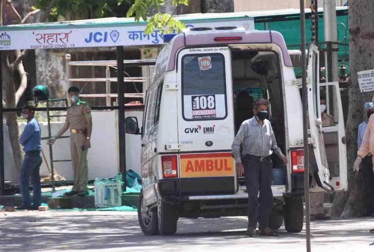 उत्तर प्रदेश के कानपुर में कोरोना संक्रमितों का आंकड़ा तेजी से फैल रहा है। बुधवार देर रात आई रिपोर्ट मेंकानपुर मेंदो महिलाओं, जाजमऊ के किराना दुकानदार पिता-पुत्र समेत सात और लोगों मेें कोरोना की पुष्टि हुई।