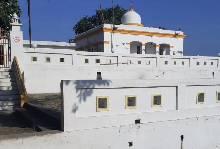 जौनपुर के जमैथा गांव में स्थित मंदिर