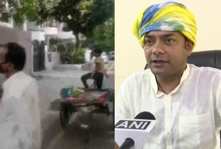 भाजपा विधायक बृजभूषण शरण सिंह का एक वीडियो वायरल हो रहा है जिसमें वह एक मुस्लिम सब्जी विक्रेता को धमकाते हुए नजर आ रहे हैं। उनका कहना है कि मुस्लिम सब्जी विक्रेता अपना नाम बदलकर इलाके में घूम रहा था और नाम पूछने पर झूठ बोल रहा था।