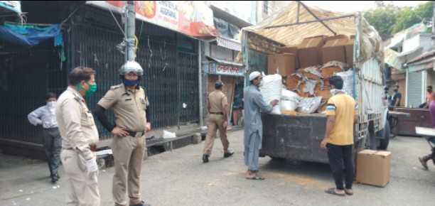 व्यापारी और वाहन चालक को क्वारन्टीन करने की तैयारी में पुलिस